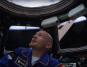Alexander Gerst in der Kuppel der ISS