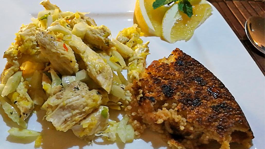 Fertiger Couscous mit Hähnchensalat
