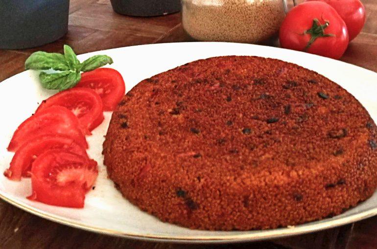 Couscous mit Tomate und Zwiebel