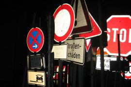 Foto des Schilderwahnsinns in Deutschland